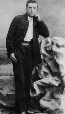 Иван Никитович Езеров, брат Петра, ок. 1920 г.