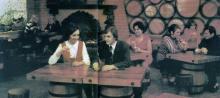 Дегустационный зал магазина «Оксамит України». Фото в книге «Одесса — Варна». 1976 г.