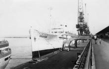Теплоход «Победа» в одесском порту. Начало 1970-х гг.