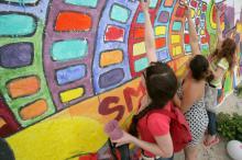 Фестиваль стрит-арта: одесситы создают гигантское полотно у моря