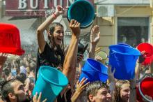 На Греческой площади в Одессе состоялась «водная битва»