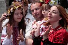 В Одессе прошел «Мегамарш у вишиванках»